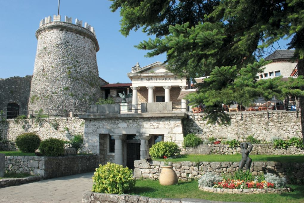 Excursion Rijeka - Trsat Castle - Kastav